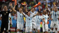 Victorious Argentina players following the 1-0 win over Belgium