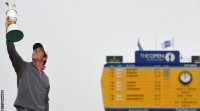 Rory Mcllroy wins his first British Open title, finishing the tournament at 17 under par.